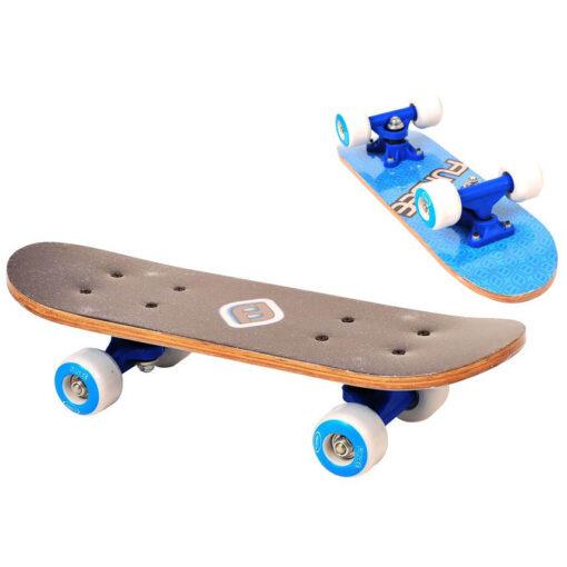 Син скейтборд за момче