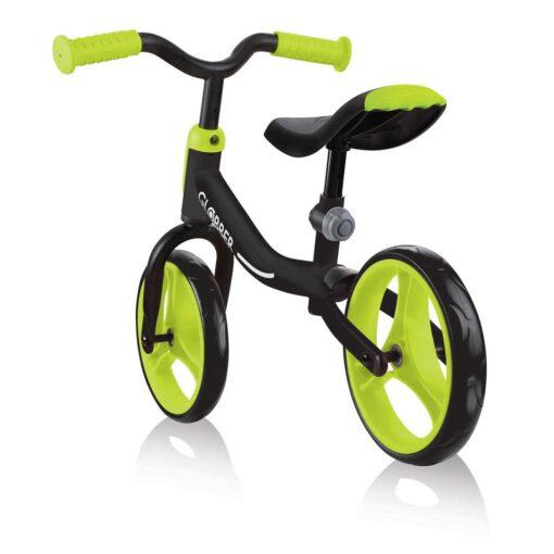 Черно зелено детско колело за баланс без педали Globber GOBIKE
